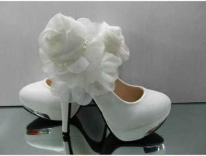 en-güzel-platformlu-gelin-ayakkabısı-modelleri