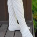 beyaz uzun kışlık örgü çorap