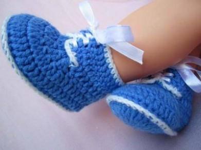 tığ-işi-bebek-çorabı