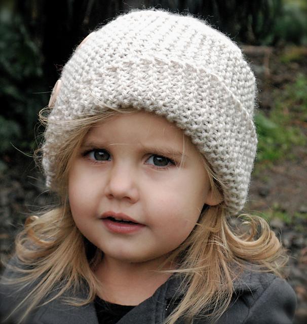 Вязание шапок на весну