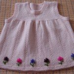 orgu-kiz-bebek-elbise-modelleri-7