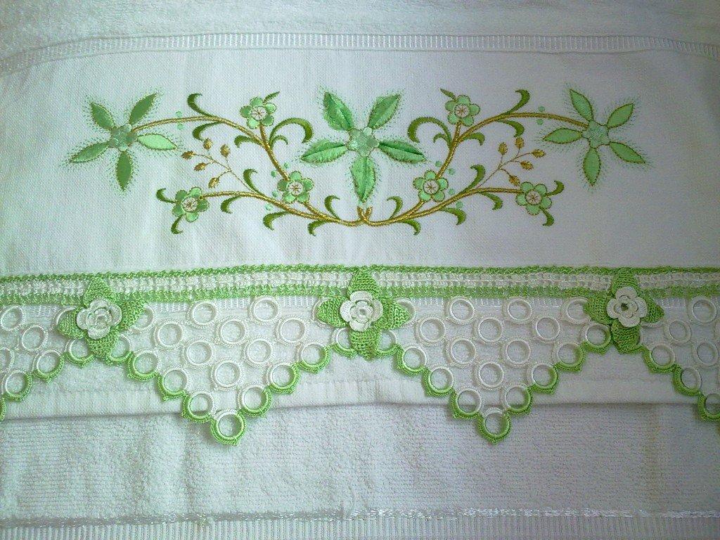 Değişik desenli kolay havlu kenarları örnekleri