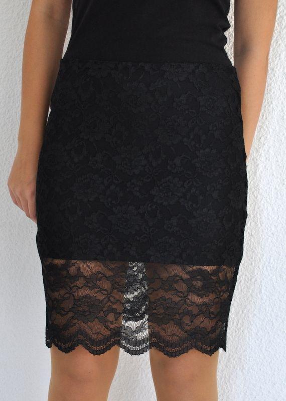 dar-mini-siyah-elbise-modelleri-4
