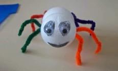Köpüklü Toplardan  Örümcek Yapımı
